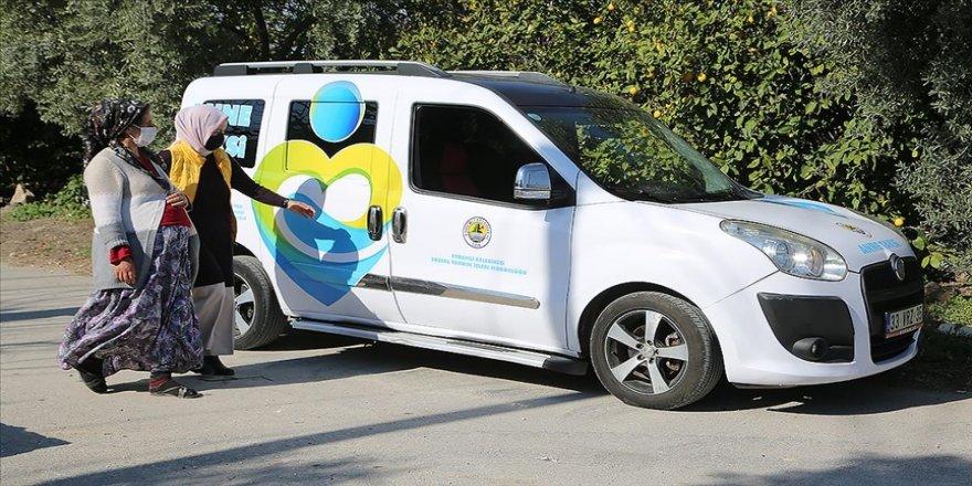 """Mersin'deki """"Anne Taksi"""" hizmeti annelere ve hamilelere kolaylık sağlıyor"""