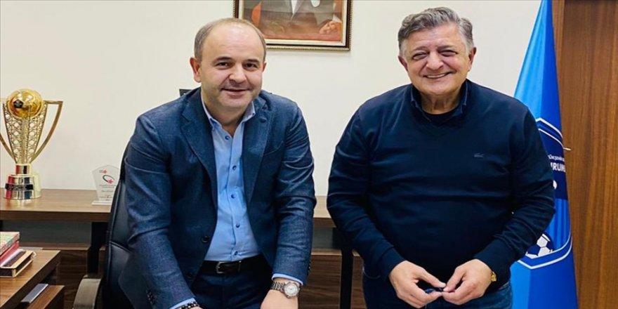 Büyükşehir Belediye Erzurumspor, teknik direktör Yılmaz Vural ile resmi sözleşme imzaladı