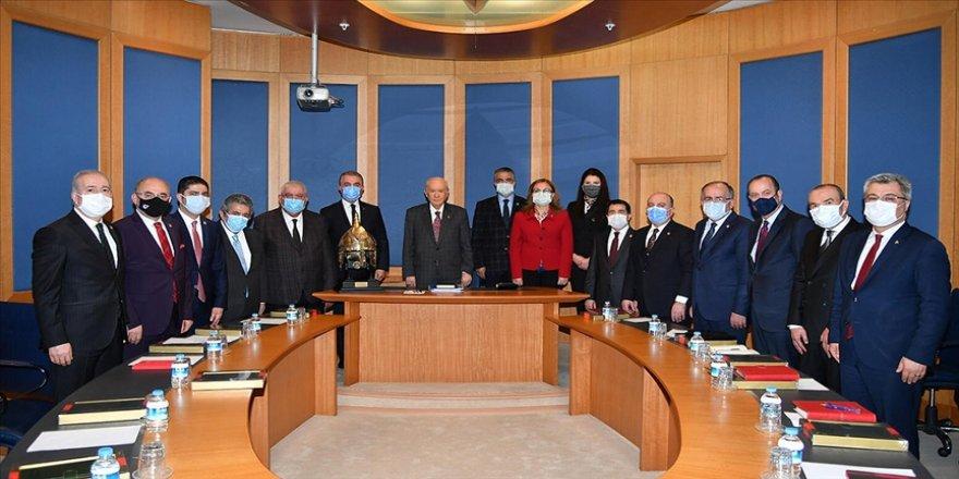 MHP Başkanlık Divanı yeni üyeleriyle ilk toplantısını yaptı