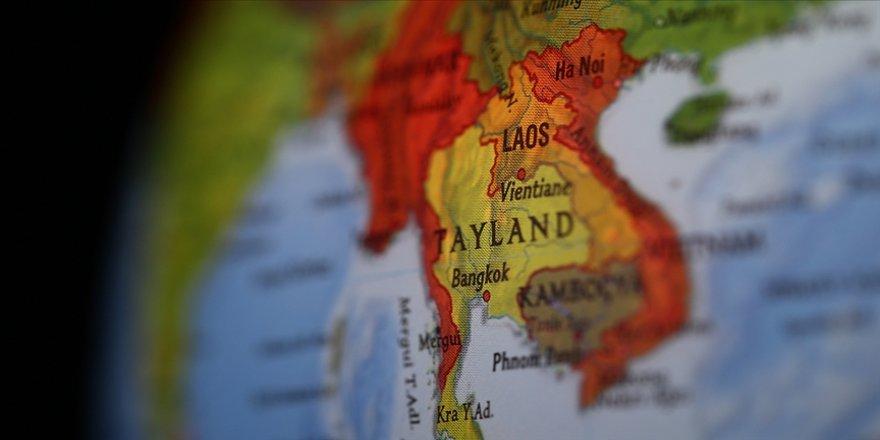 Tayland, ülkeye sığınan binlerce Myanmarlı etnik yerliyi ülkeye almadığı iddialarını yalanladı