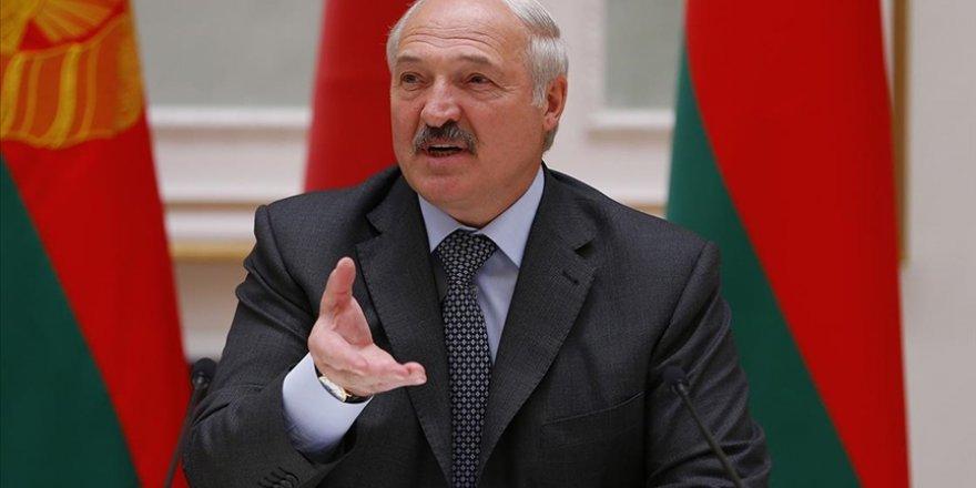 Lukaşenko, Belarus'a yaptırım uygulayan şahıs ve firmalara misilleme kararı aldı