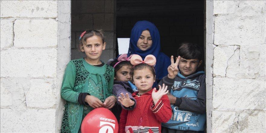 Suriye'deki savaşta anne ve babasını kaybeden Zeynep sıcak bir yuvaya kavuştu