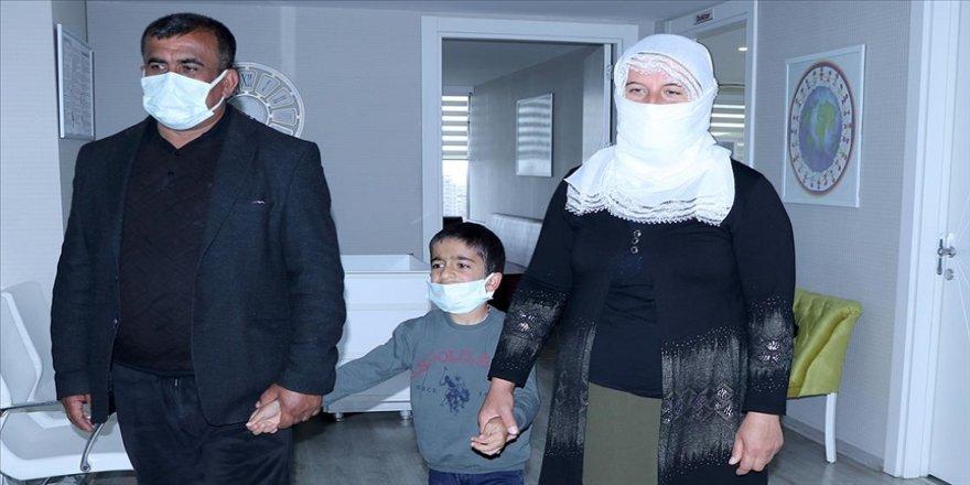 Hastalığı, Türk ve İngiliz bilim insanlarınca teşhis edilen Diyarbakırlı Yakup tedaviyle yaşama bağlandı