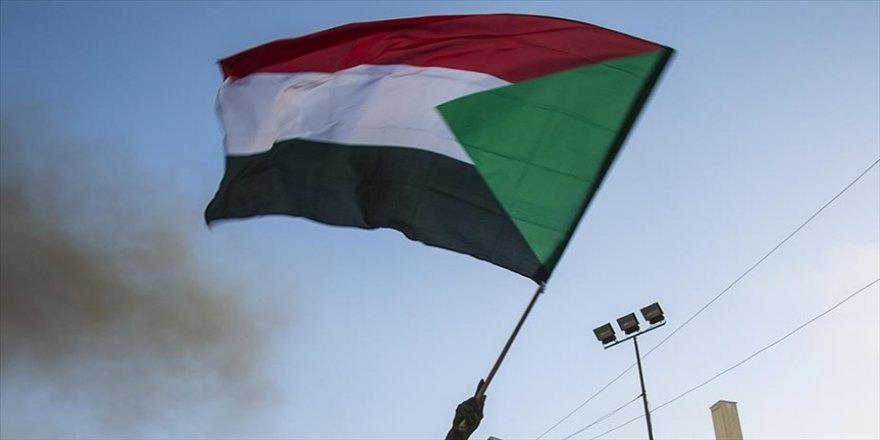 Sudan Arabuluculuk Komitesi, doğudaki grupların sorunlarını 24 saatte çözme sözü verdi