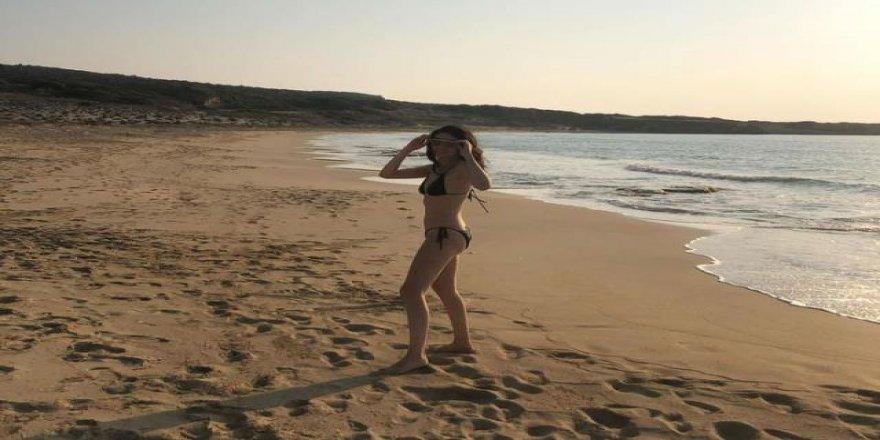 Hazar Ergüçlü sezonu  Bikinili paylaşım