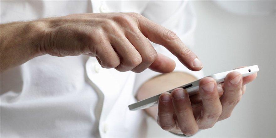 'Cep'ten internet kullanımı 4,5G ile 8 kat artarak 1 milyon 824 bin terabaytı geçti