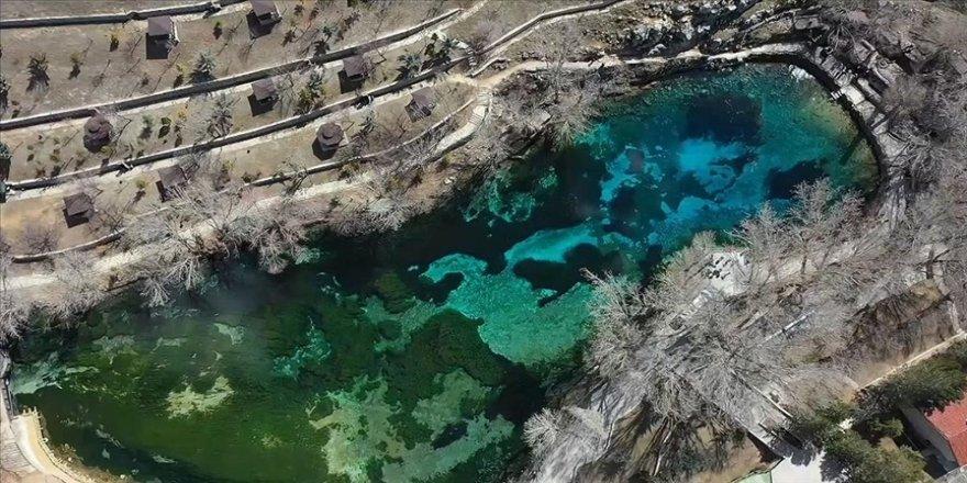 Sivas'ın 'doğal akvaryumu' Gökpınar Gölü her mevsim ziyaretçilerini ağırlıyor