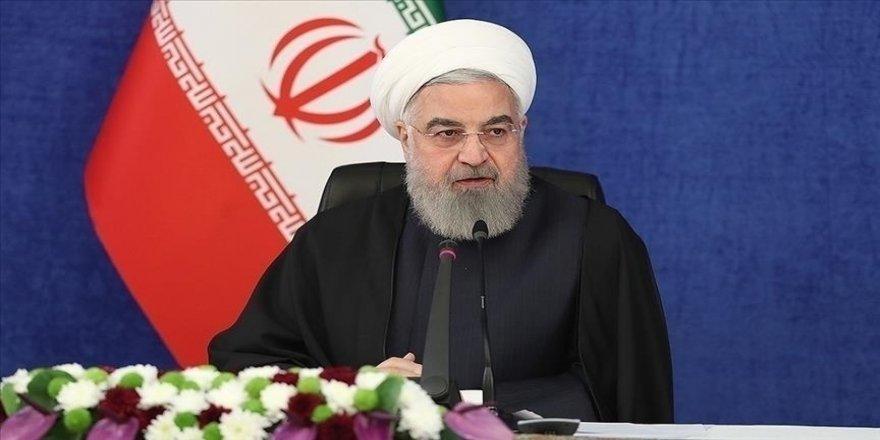 İran Cumhurbaşkanı Ruhani: 2 eyalette Kovid-19 salgınının 4. dalgası başladı