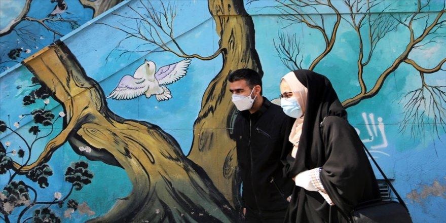 İran'da son 24 saatte Kovid-19'dan 123 kişi hayatını kaybetti