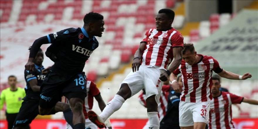Sivasspor ile Trabzonspor puanları paylaştı