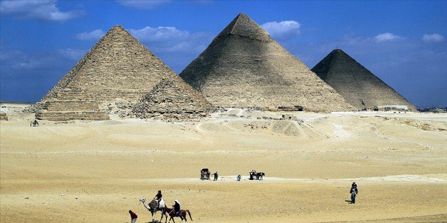 Mısır'da ilk kez 2. Ramses'in de aralarında olduğu 18 kral ile 4 kraliçenin mumyası kortejle taşınacak