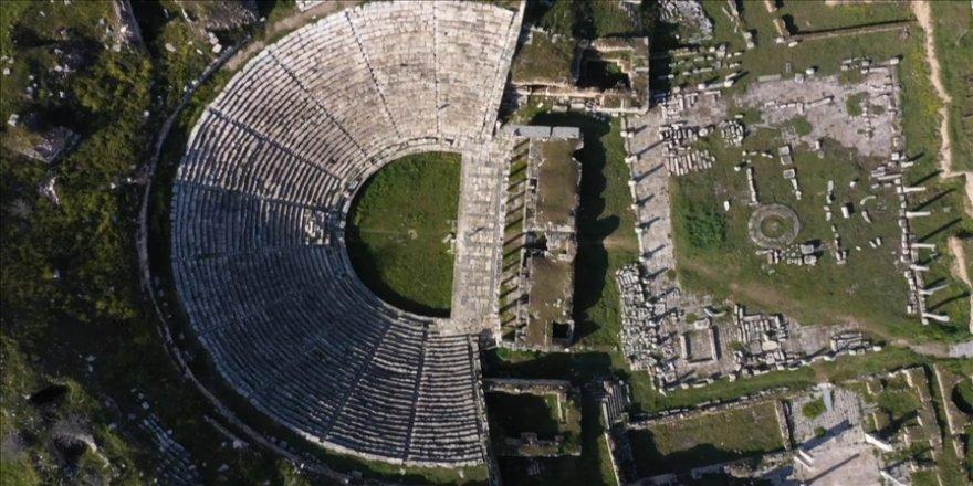 Afrodit'in kenti Afrodisyas, salgında da ilgi görüyor