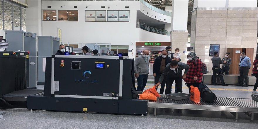 Türkiye'deki havalimanlarında UV ışınlı hijyen dönemi