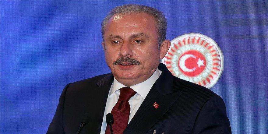 TBMM Başkanı Mustafa Şentop, Alparslan Türkeş'i, vefatının 24. yılında andı