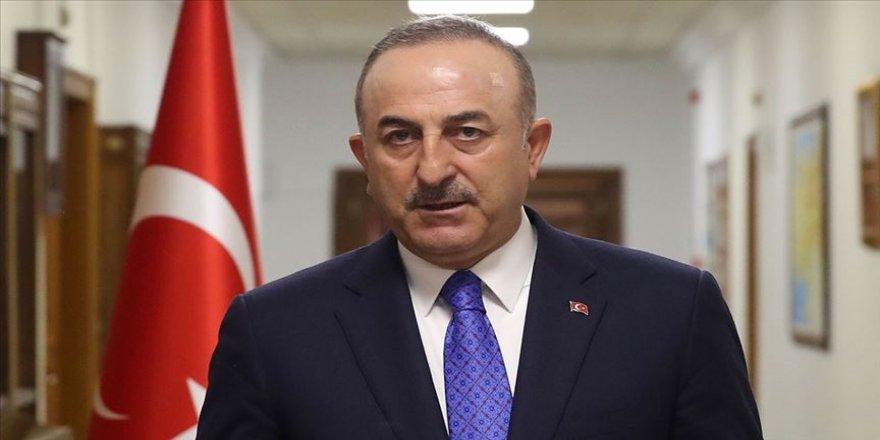 Bakan Çavuşoğlu, darbeyi çağrıştıracak üslubu kolayca görebiliyoruz bu bildiride