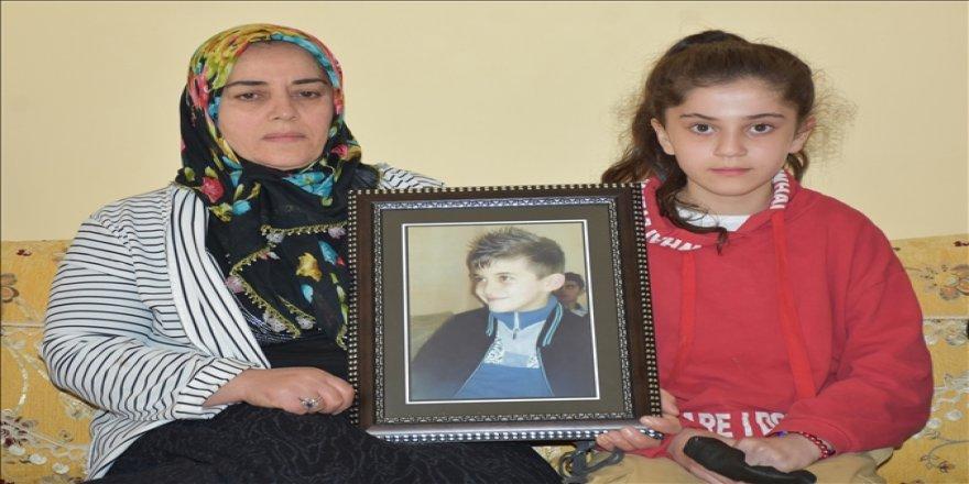 """""""Zap Suyu'nda boğuldu"""" denilen oğullarının PKK kampında olduğunu öğrenen ailenin acısı dinmiyor"""