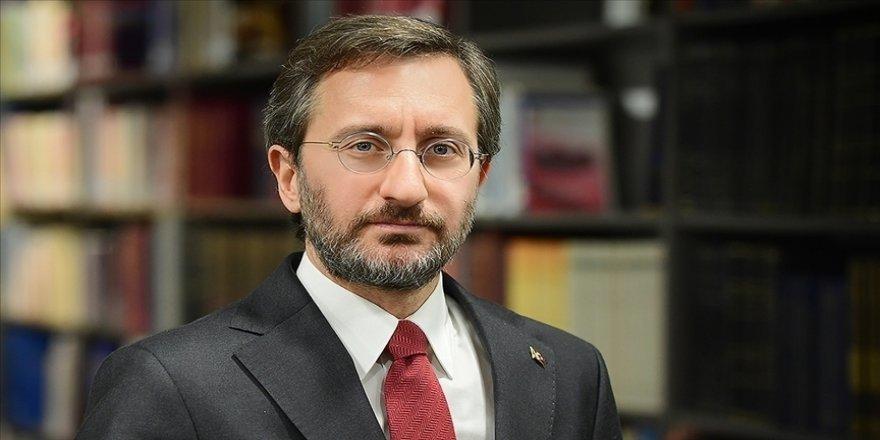 Cumhurbaşkanlığı İletişim Başkanı Altun, bazı emekli amirallerin açıklamasına karşı herkesi tavır almaya çağırdı: