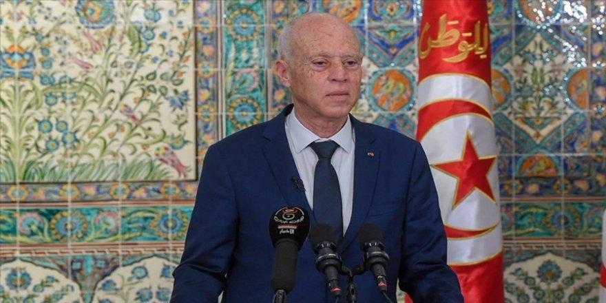 Tunus Cumhurbaşkanı Said'den AB'ye düzensiz göç olgusuyla ilgili 'kapsamlı yaklaşım geliştirme' çağrısı