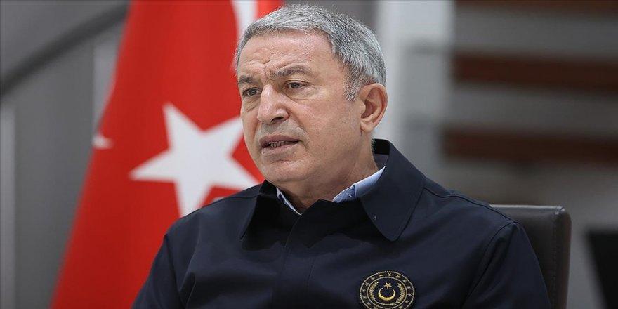 Milli Savunma Bakanı Akar: Bildirinin demokrasimize zarar vermekten başka işe yaramadığı açıktır