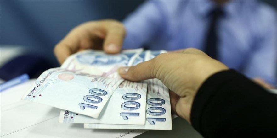 Yükseköğrenim öğrencilerine nisan ayı burs ve kredi ödemeleri yapılmaya başlandı