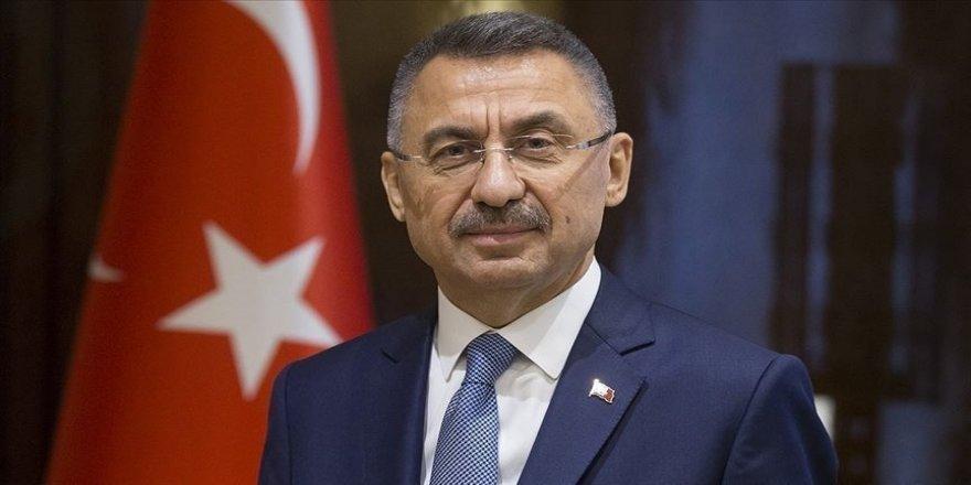 Cumhurbaşkanı Yardımcısı Oktay, milli halterci Muhammed Furkan Özbek'i tebrik etti
