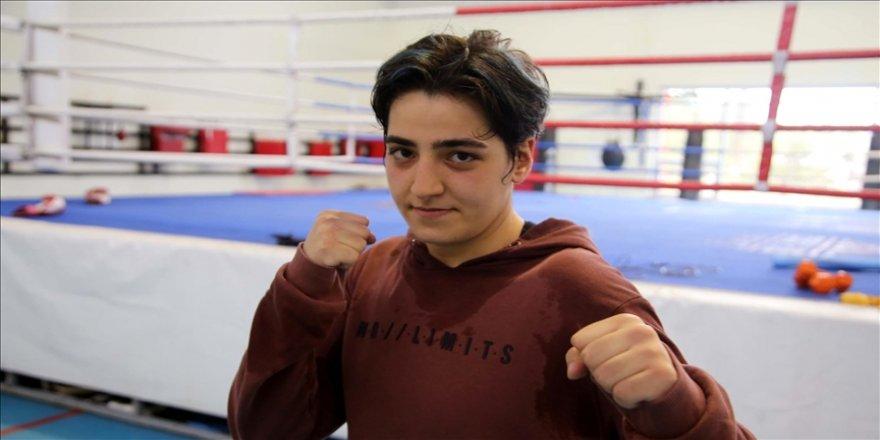 Avrupa şampiyonu boksör Ece Asude Ediz'in yeni hedefi dünya şampiyonluğu