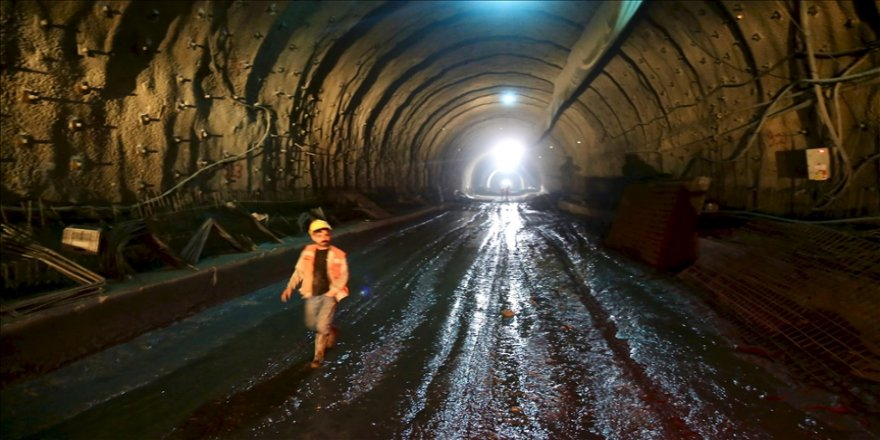 """""""İklim değiştiren"""" Demirkapı Tüneli, Romalıların kullandığı 2400 yıllık güzergahı yeniden canlandıracak"""