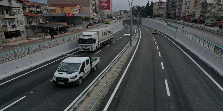 Köprülü Kavşak trafiğe açıldı