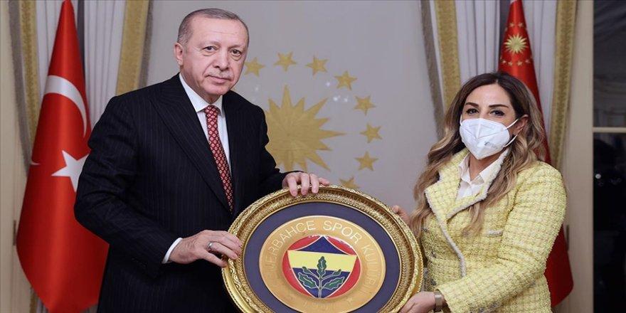 Cumhurbaşkanı Erdoğan, Türkiye Voleybol Federasyonu yönetici ve oyuncularını kabul etti