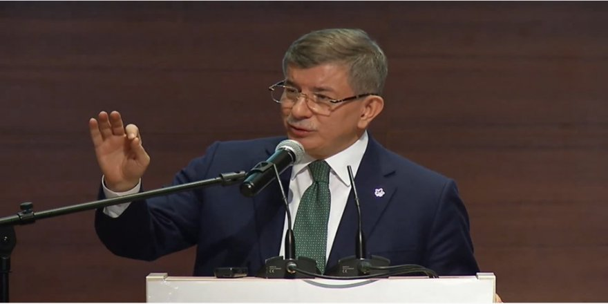 Davutoğlu,Bu soruları bize soracaklarına dönüp Sayın Erdoğan'a ve AK Partililere sorsunlar