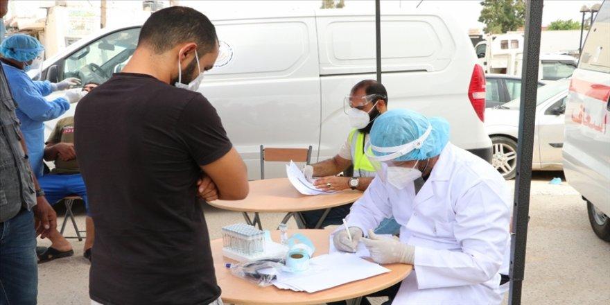 Libya'da Kovid-19'a karşı kitlesel aşılama başladı