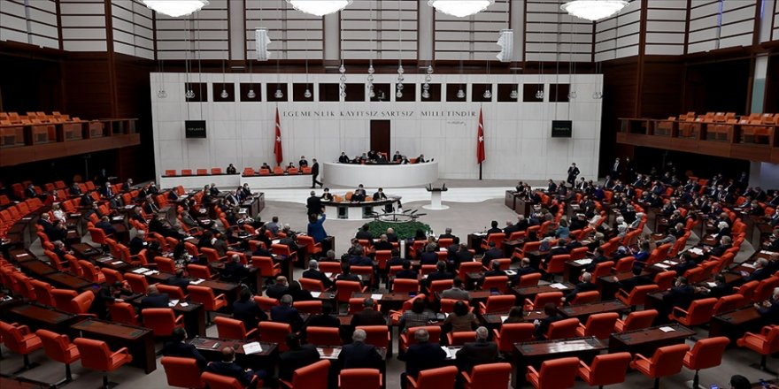 Meclis ekonomiye ilişkin düzenlemeler içeren kanun teklifi için mesai yapacak