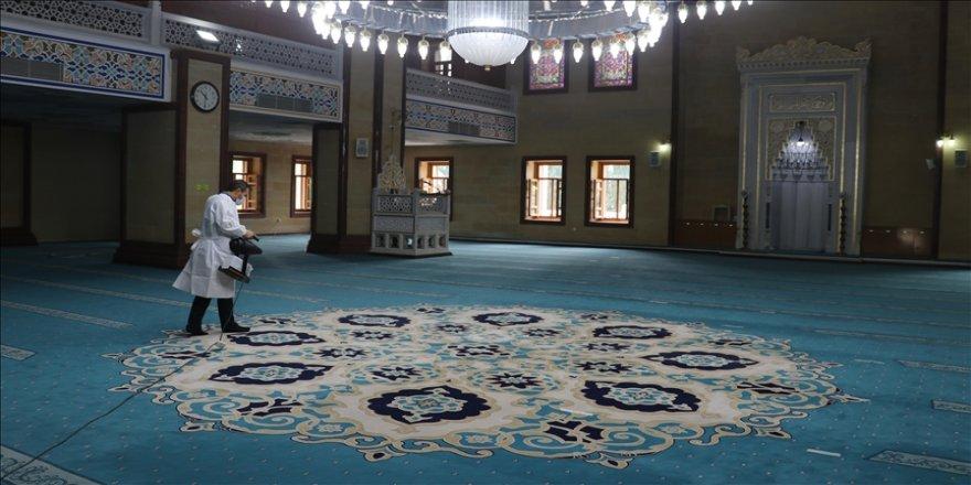 Adana, Mersin, Hatay ve Osmaniye'de camiler ramazana hazırlandı