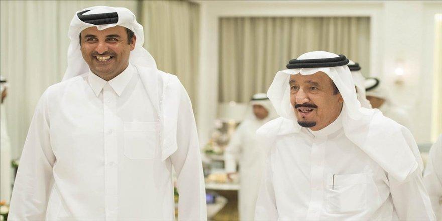 Katar Emiri, Körfez uzlaşısı sonrası ilk kez Suudi Arabistan Kralı'nı telefonla aradı