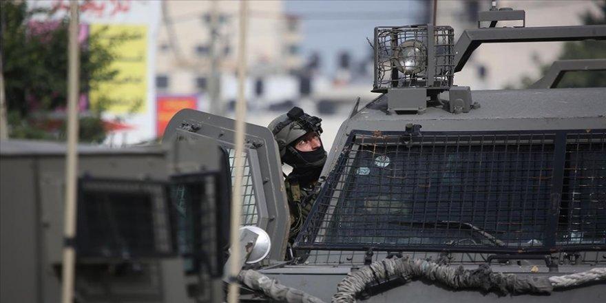 İsrail güçleri, Batı Şeria'da Hamas'ın milletvekili adayını gözaltına aldı