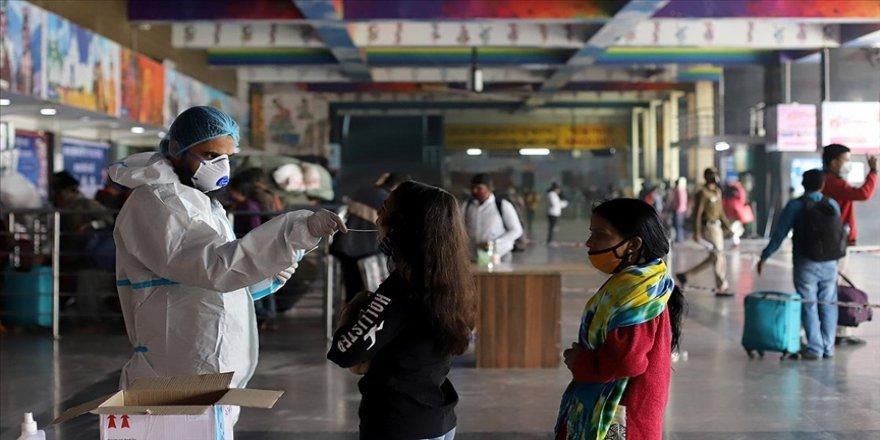 Hindistan'da artan Kovid-19 vakaları küresel aşı arzını tehdit edebilir