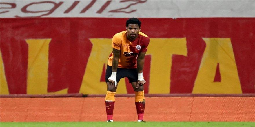 Galatasaraylı futbolcu Ryan Donk, PFDK'ye sevk edildi