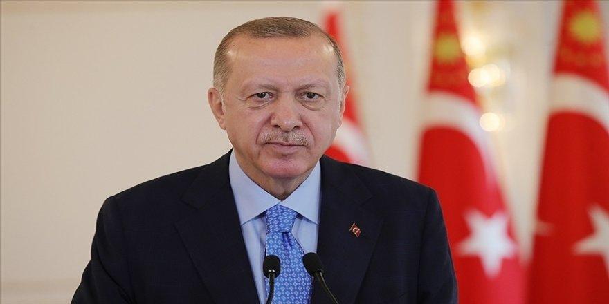 Cumhurbaşkanı Erdoğan: Hava-hava füzemiz BOZDOĞAN ilk atışta hedefi tam isabetle vurdu