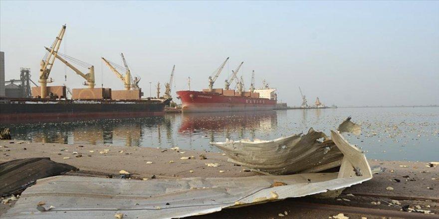 Yemen hükümeti petrol taşıyan gemilerinin Husilerin kontrolündeki Hudeyde Limanı'na girişine izin verdi