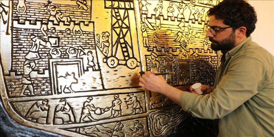 Elazığlı usta 4 bin yıllık Harput kabartmasını oyma sanatıyla ahşaba işledi
