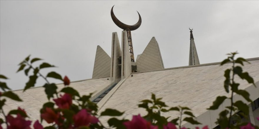 Pakistan'da Türk mimarın imzasını taşıyan eser: Faysal Camisi