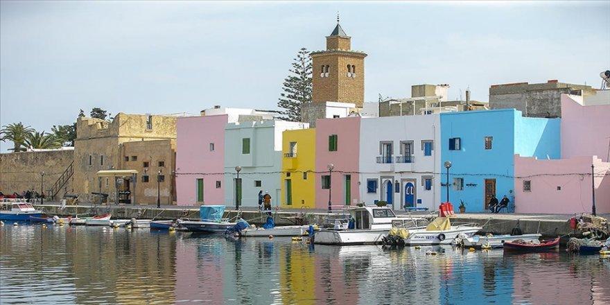 Tunus'un incisi Eski Binzert Limanı tarihi dokusuyla turistlerin uğrak yeri olmaya devam ediyor