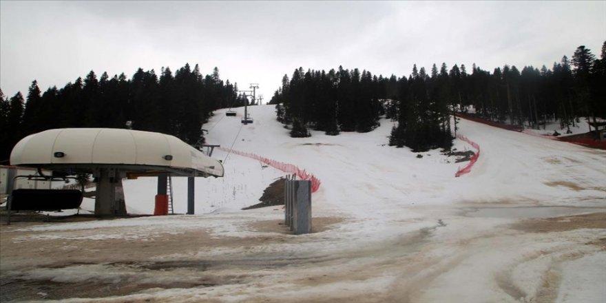 Ilgaz Dağı kayak sezonunun ardından sessizliğe büründü