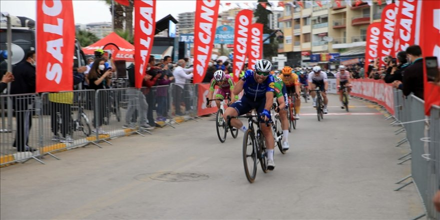 TUR 2021'in kazananı İspanyol bisikletçi Jose Manuel Diaz Gallego