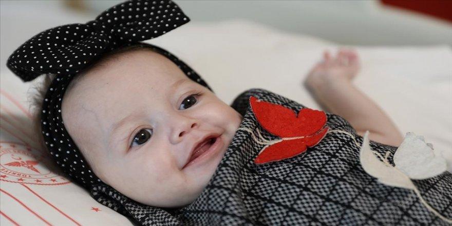 Masal bebeğin öksürük krizleri 6 saatlik ameliyatla son buldu