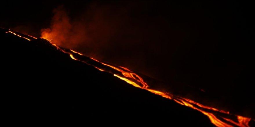 St. Vincent Başbakanı Gonsalves, yanardağ patlamalarının ardından 'uluslararası yardım' çağrısında bulundu