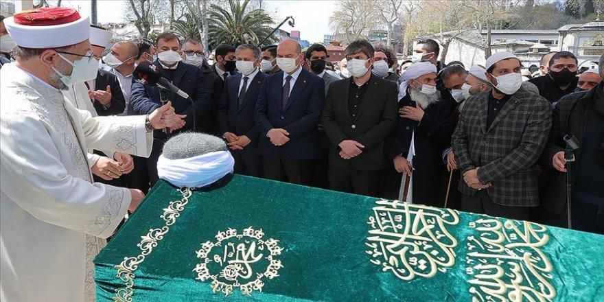 Bediüzzaman Said Nursi'nin talebelerinden Hüsnü Bayramoğlu son yolculuğuna uğurlandı