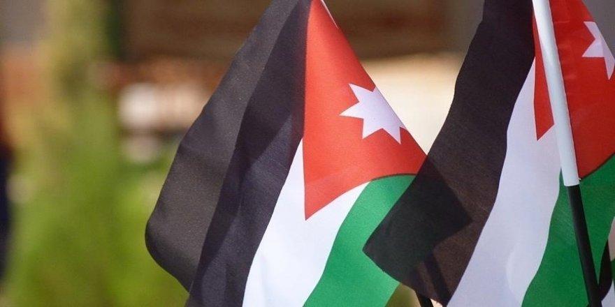 Ürdün, Kudüs'teki Şeyh Cerrah Mahallesi'ne ilişkin belgeleri Filistin'e teslim etti