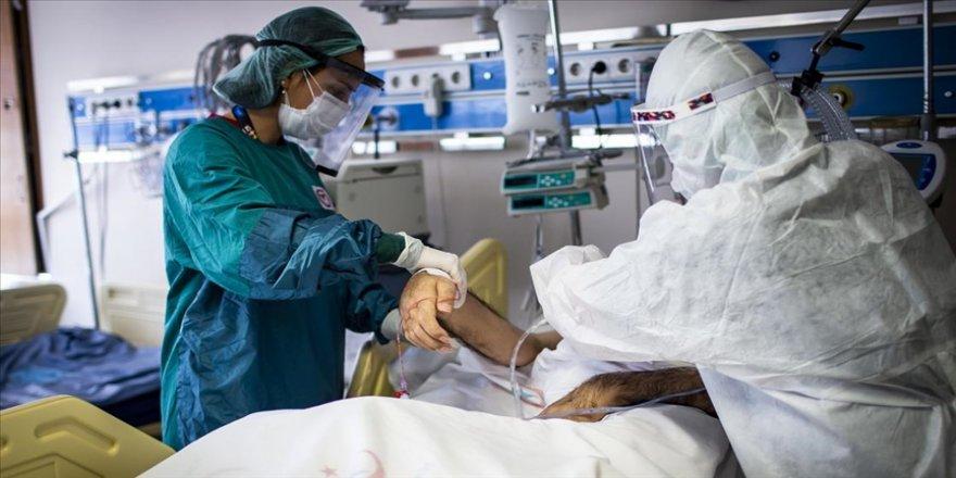 Türkiye'de 61 bin 28 kişinin Kovid-19 testi pozitif çıktı, 346 kişi yaşamını yitirdi