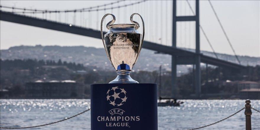 UEFA Şampiyonlar Ligi Kupası, İstanbul Boğazı'yla buluştu